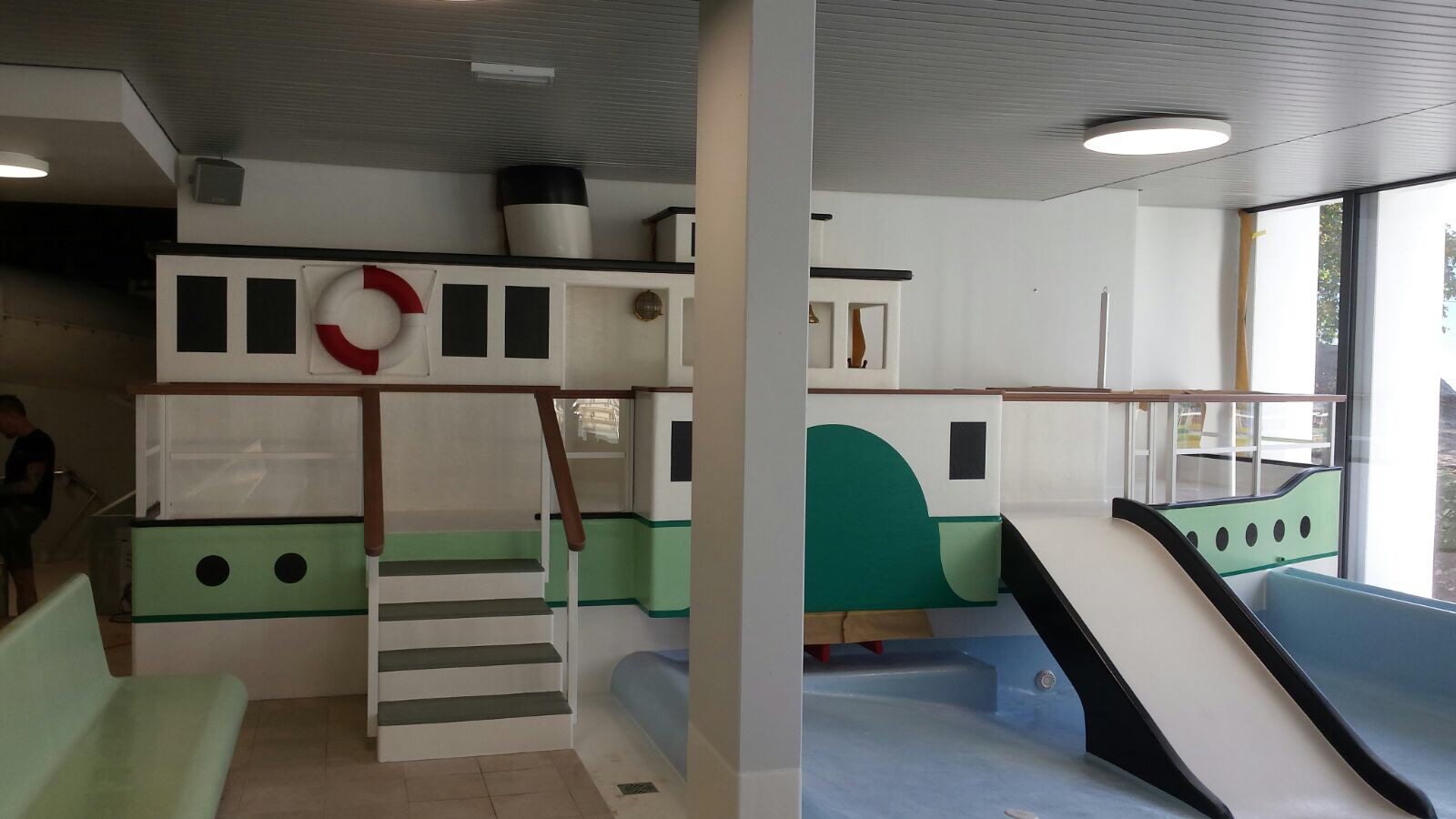 Hallenbad oberhofen kinderplanschbecken 2017 l drach - Schwimmbad architektur ...